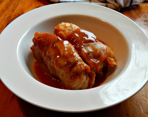Stuffed Cabbage Rolls with Sweet and Sour Sauce