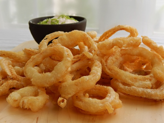 Crispy Vidalia Onion Rings & Assorted Vegetables with Chili Lime Dipping Sauce