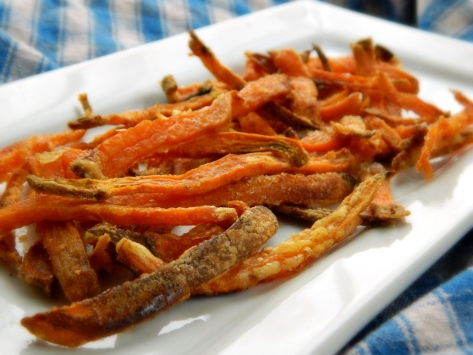 Stupid Simple Sweet Potato Fries - they're crispy!