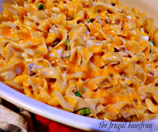 Meta Given's Tuna Casserole Supreme - this one with optional cheese topping