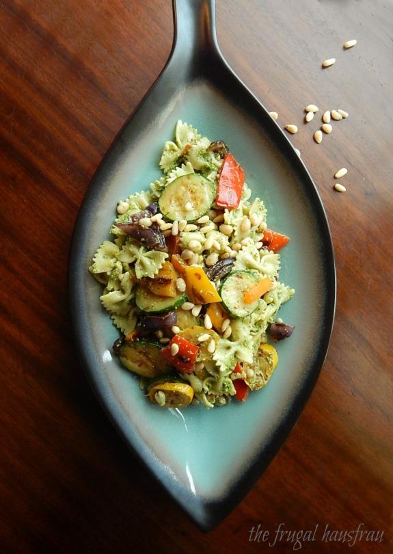 Pesto Pasta Salad Grilled Vegetables