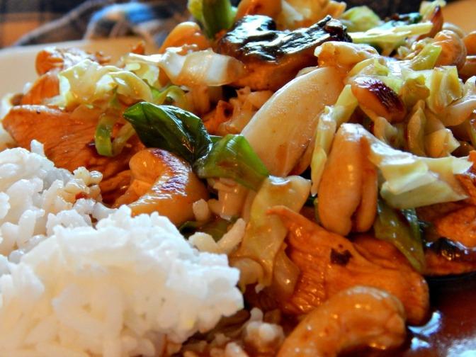 Cashew Chicken with Cabbage . $3.90