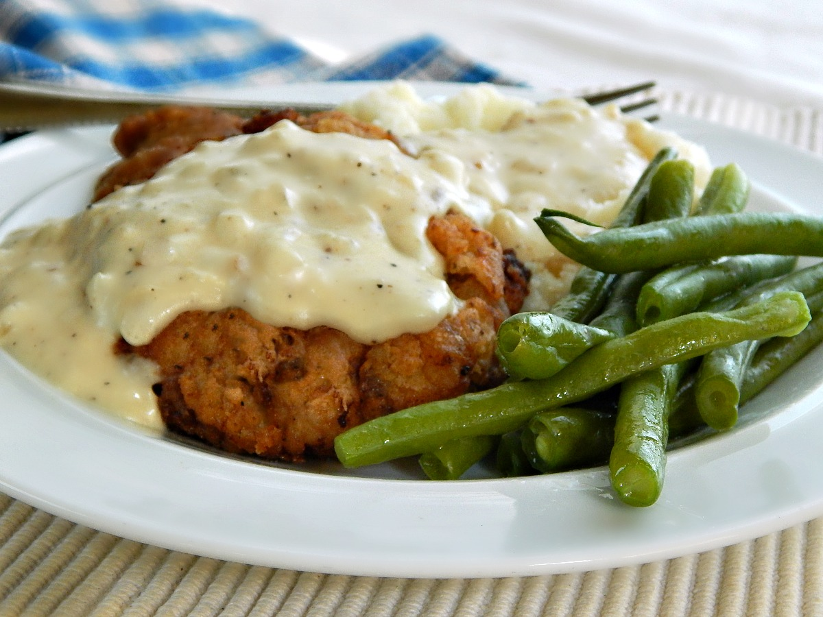 Chicken Fried Steak with Country Gravy | Frugal Hausfrau