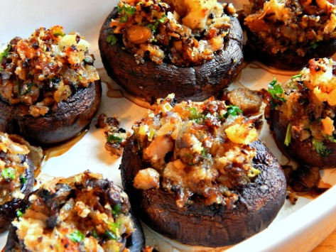 Vegetarian Stuffed Mushrooms with Wine