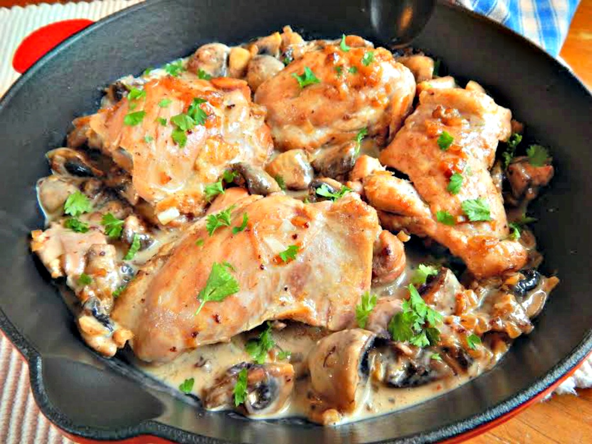 coq au riesling chicken with white wine frugal hausfrau. Black Bedroom Furniture Sets. Home Design Ideas