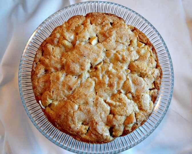 Irish Apple Cake or Apple Pie Cake . $1.87