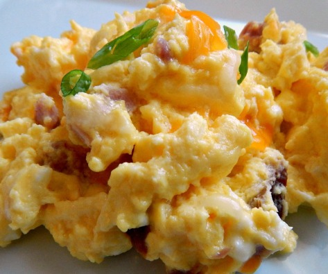 """Oven Baked """"Hotel"""" Eggs - easy and perfectly light and fluffy!"""