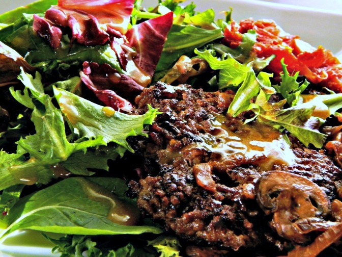 Taphouse Salad with Roasted Tomatoes, Mushrooms & Smashburger
