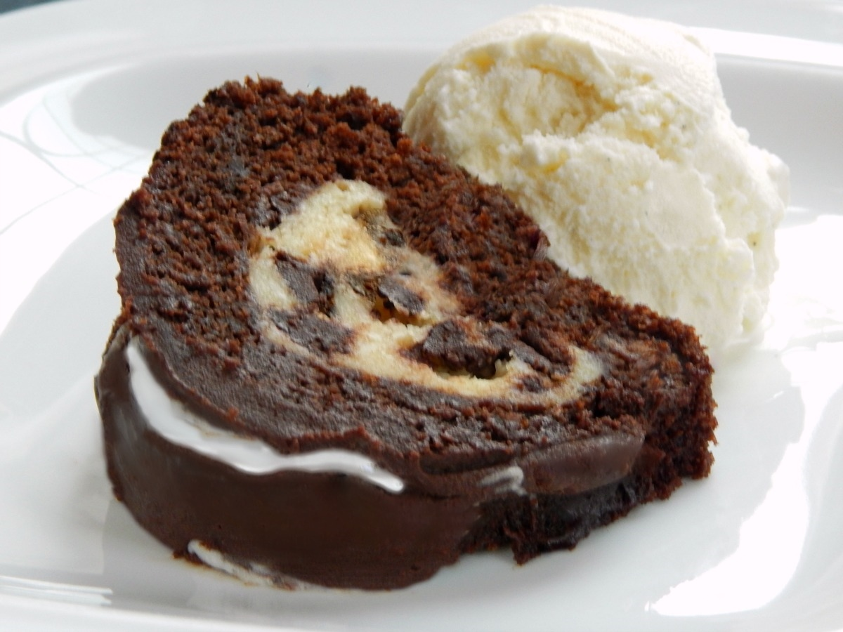 Chocolate Bundt Cake With Cream Cheese Tunnel