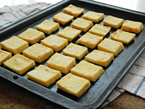 Here's what the polenta squares look like after being baked - I can think of all kinds of things I want to pile on top of these!