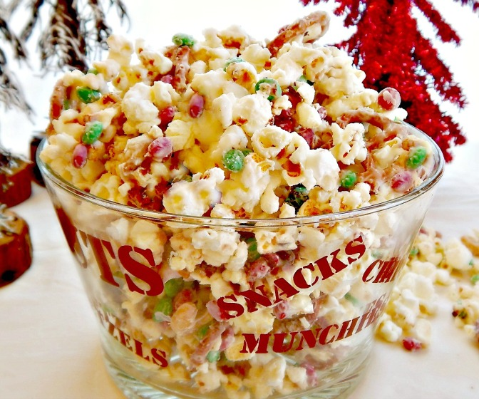 White Chocolate Christmas Popcorn Party Mix