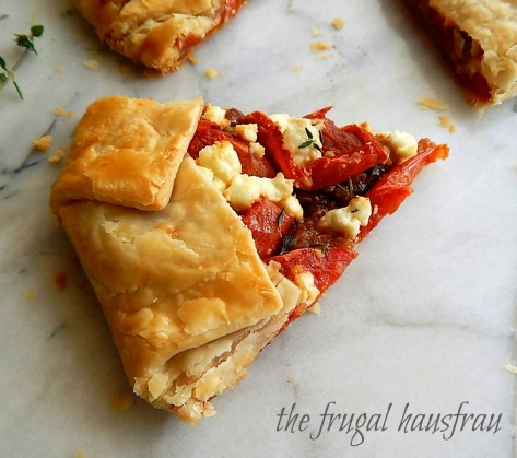 Easy, Rustic Tomato & Caramelized Onion Galette